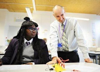 剑桥大学研究证明:教师鼓励对学生影响显著