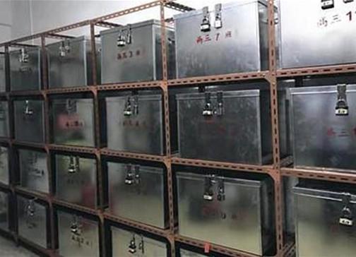 广州一中学设手机保管室 周日上交周五还